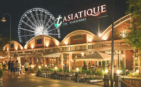 bangkok shopping asiatique the riverfront thailand
