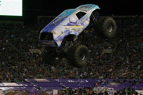 monster truck show in jacksonville fl jacksonville florida monster jam february 22 2014