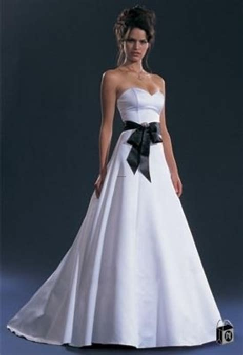 White Black Wedding Dresses by Black And White Wedding Gownwedwebtalks Wedwebtalks
