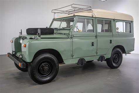 dormobile land rover 1966 land rover 109 series iia dormobile uncrate
