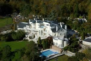 Most Expensive Homes updown court most expensive home in britain on sale for 163 75 million extravaganzi