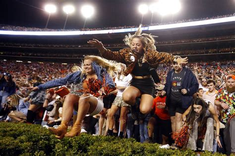 iron bowl women rushing field  jordan hare stuck
