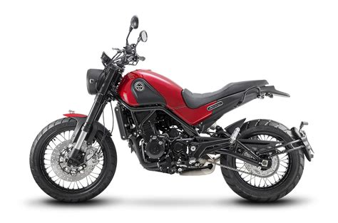 benelli motorcycle benelli leoncino leoncino trail first look scrambler