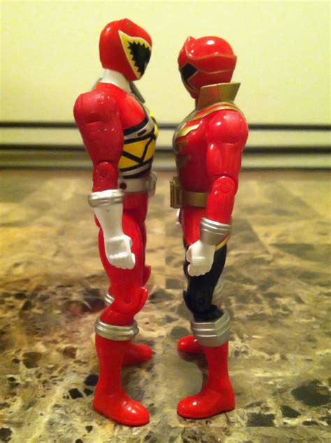 Mainan Power Ranger 5 Dino 28374 another particular facet of the dino charge figures is the