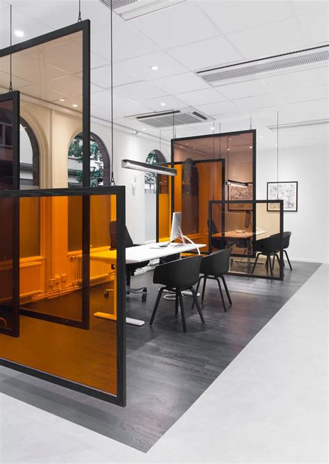 interior design retail space 25 best ideas about commercial office design on