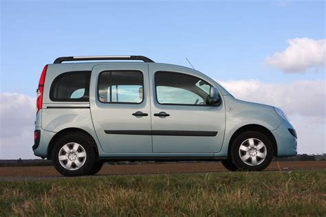renault kangoo renault kangoo estate 2009 2012 photos parkers
