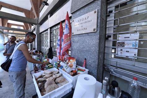inps sede bologna via dei mille 80 persone occupano l ex sede inps 1 di 1