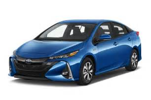 Toyota Ag Toyota Exec Talks Prius Prime C Hr Crossover In New York