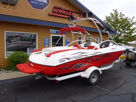 yamaha jet boats for sale michigan 2004 used yamaha boats ar210 jetar210 jet boat for sale