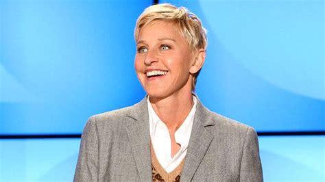 Ellen 15 Days Of Giveaways 2017 - ellen degeneres sends entire audience to dubai the national