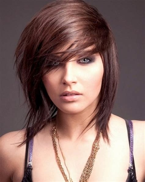 pictures women s hairstyles with layers and short top layer short layered haircuts with bangs