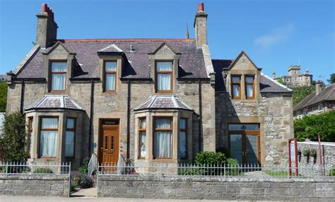 Cottages In Lossiemouth by Lossiemouth Accommodation Hotels Guest Houses Bed And