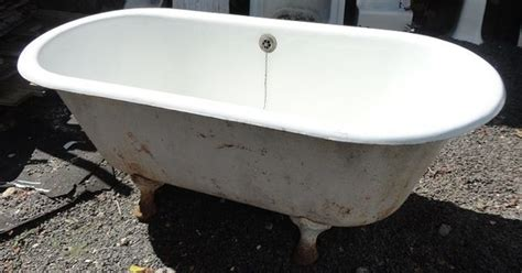salvage bathtubs center drain claw foot tub recycling the past architectural salvage vintage