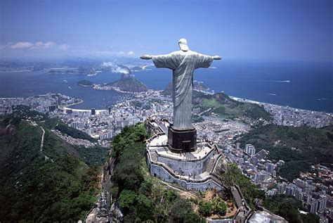 the world s best photos of brazil and travesti flickr hive mind photo mario balotelli as the redeemer bso