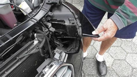 Audi A4 B6 Abblendlicht Wechseln audi a4 b8 scheinwerfer ausbauen audi a4 headlights