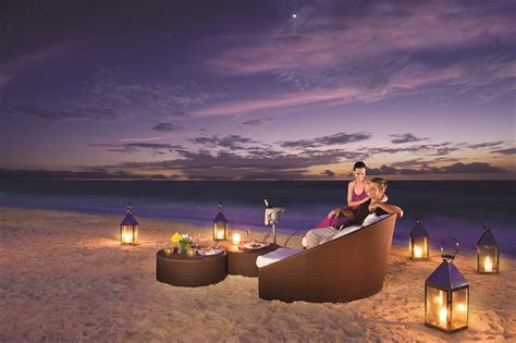 romantic dinner romantic dinners at dreams riviera cancun day dreams