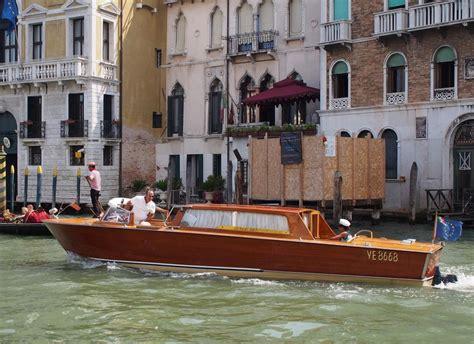 venice taxi boat trip guide where to stay eat shop drink and things to