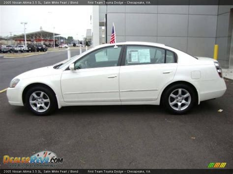 nissan altima white 2005 2005 nissan altima 3 5 sl satin white pearl blond photo
