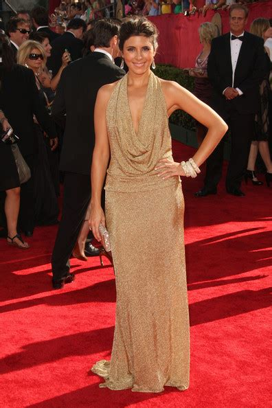 Pictures From The 61st Emmy Awards by Sigler In 61st Annual Primetime Emmy Awards