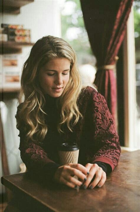 felicity smoak actress 239 best images about get emily on pinterest taylor