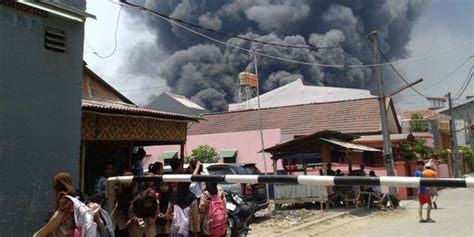 Minyak Goreng Fortune Di Indo pabrik yang terbakar di bekasi pengolahan minyak kelapa sawit merdeka