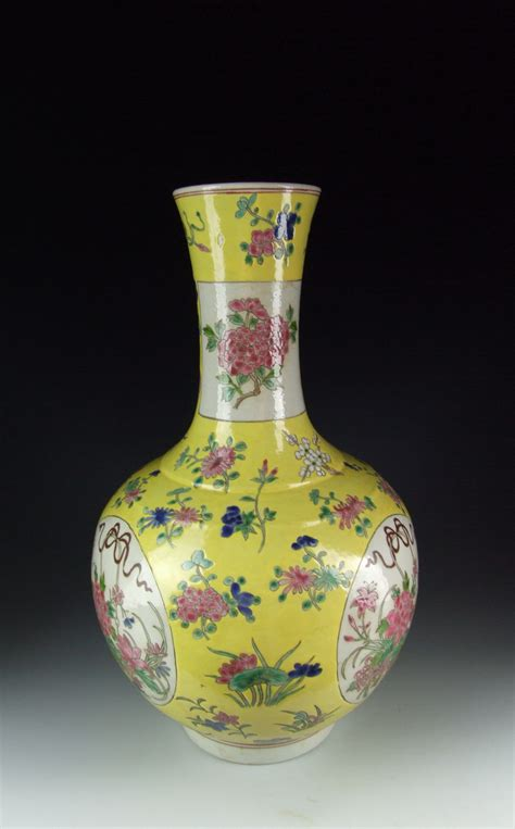 flower pattern vase chinese antique yellow glazed porcelain vase with flower