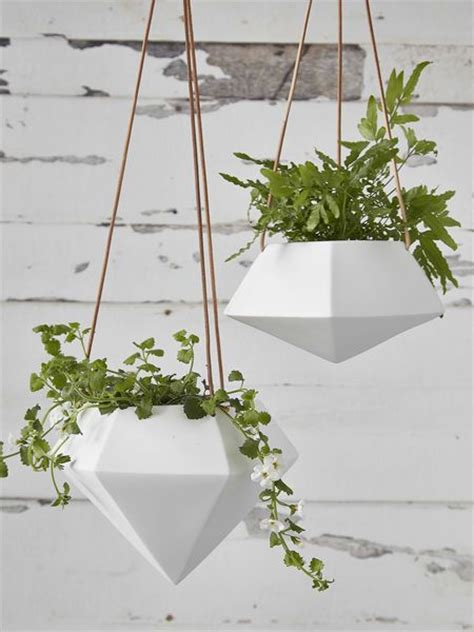 hanging planters 25 best ideas about hanging planters on pinterest