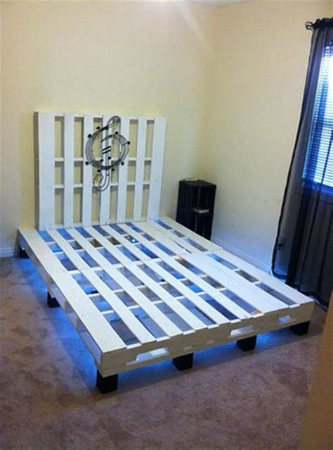 lights for beds pallet bed with lights 101 pallets