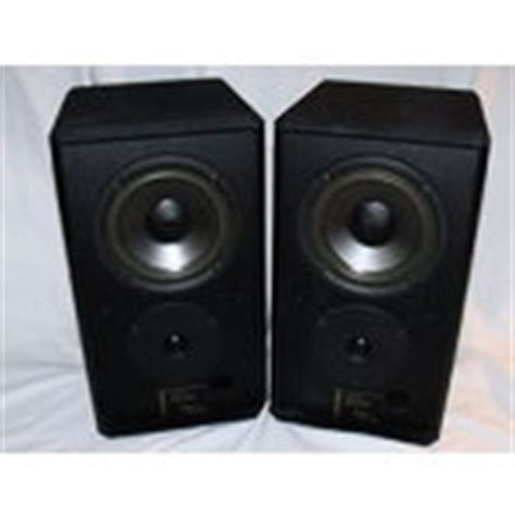 vintage pair of harman kardon model ten speakers 11 17 2010