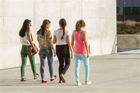 middle school girls dress code the movement against sexist and discriminatory school