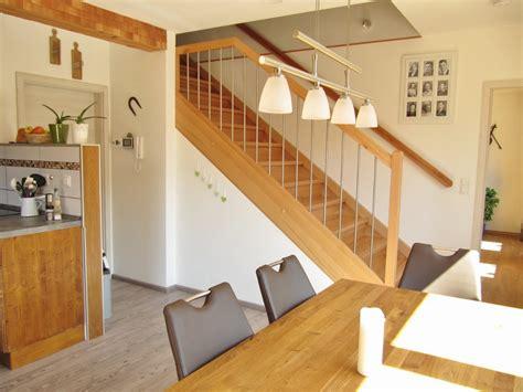 gerade treppe im wohnzimmer gerade treppe im wohnzimmer skidoo im wohnzimmer medium