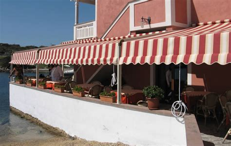 Commercial Awnings Nyc by Pergola Covers Retractable Awnings Pergola Roof