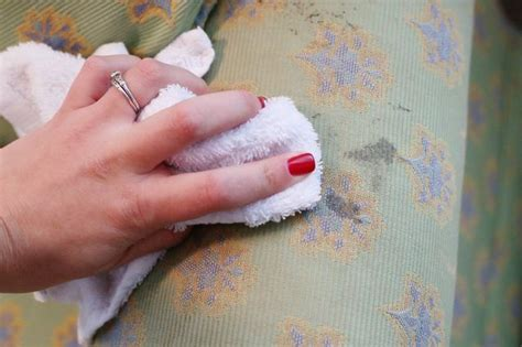 getting ink out of fabric couches 31 best images about household cleaning on pinterest