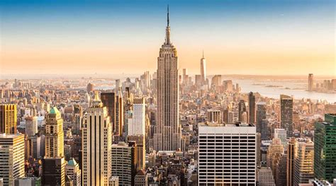 why travel to new york why makes it place to visit