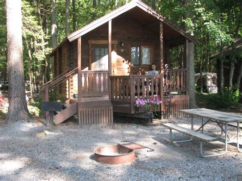 Frontier Town Cabin Rentals by Bare Bones Cabin Table Stools Picture Of Frontier