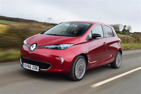 renault zoe renault zoe ev 2017 uk review pictures auto express