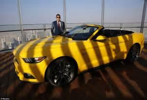 Car Rental Dubai Ford Mustang Ford Show Their New Mustang On Burj Khalifa S 112th