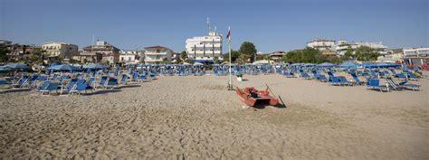last minute residence per vacanze al mare a san benedetto