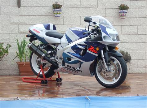 1999 Suzuki Gsxr 750 Review 1999 Suzuki Gsx R 750 Moto Zombdrive