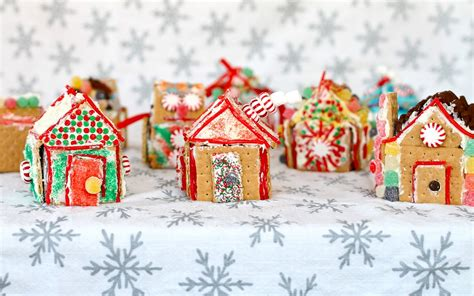 Mini Gingerbread House by Yammie S Noshery Mini Gingerbread Houses