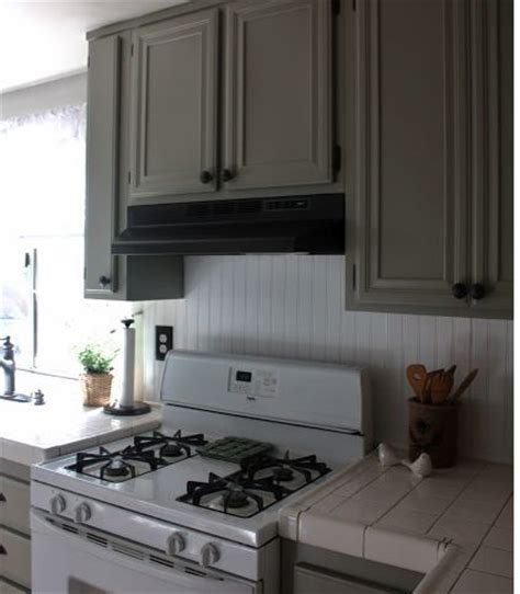 how to stagger existing cabinets 1000 images about updating cabinets molding on