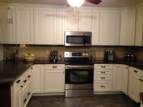 kitchen backsplash with subway tiles tile
