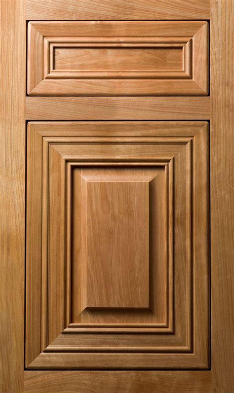 kitchen cabinets with flirtatious finishes plain fancy door styles plain fancy rs detail pinterest