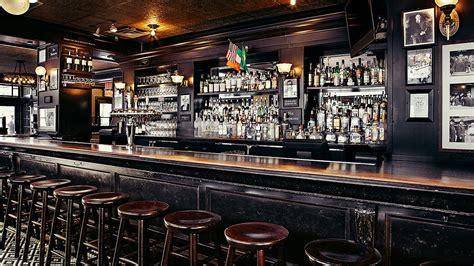 bars lincoln square p j clarke s restaurant and bar lincoln square pj