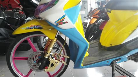 Motor Honda Beat Tahun 2011 foto modifikasi motor beat ring 17 modifikasi yamah nmax