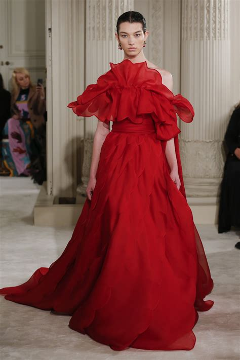 Show Report Haute Couture Ss 07 Valentino by Runway Report Valentino Ss18 Couture Palermo