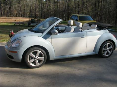 2010 Volkswagen Beetle Convertible by Buy Used 2010 Vw Beetle Convertible Edition In