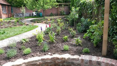 Garden Arches Leicestershire Greenspace Garden Design Leicester Sunn Hugo 2