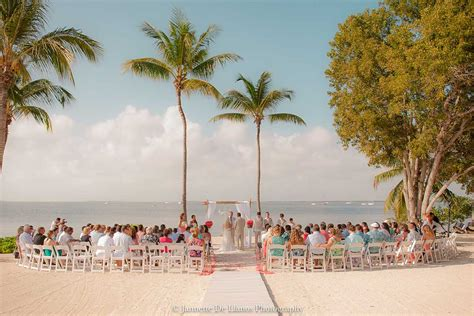 Florida Keys Weddings ? Key Largo Lighthouse Beach Weddings