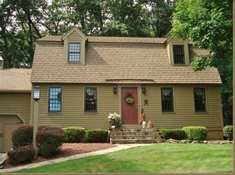 early new england primitive exterior house colors joy love this home and the colors are amazing home sweet